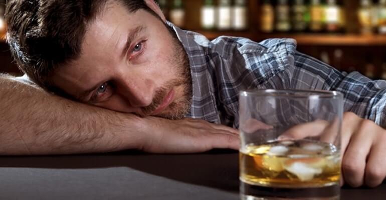 какие заболевания ЖКТ может вызвать алкоголь