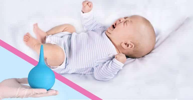 Как ставить клизму новорождённому ребёнку