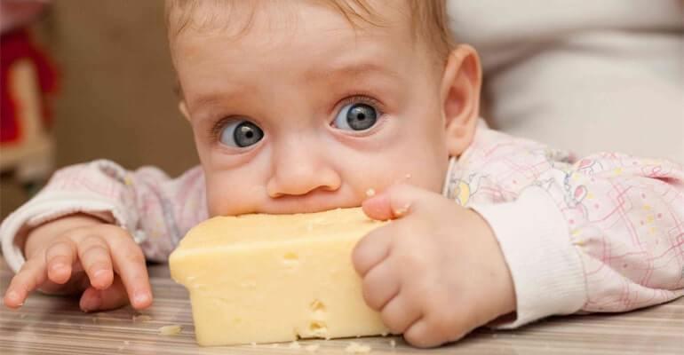 можно ли сыр при запорах